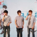 080612-ft-island-press-conference-thailand-1