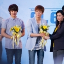 080612-ft-island-press-conference-thailand-30