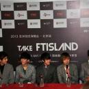120413-take-ftisland-beijing-conference-de-presse-11