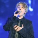 11-140216-photos-lee-hongki-live302-tour-hong-kong