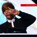 09-160113-hongki-mc-golden-disk-awards