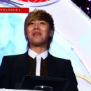 13-160113-hongki-mc-golden-disk-awards