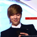 30-160113-hongki-mc-golden-disk-awards