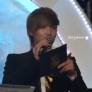 80-160113-hongki-mc-golden-disk-awards