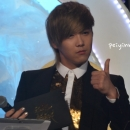 84-160113-hongki-mc-golden-disk-awards