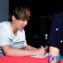 230713-lee-hongki-nailbook-fansign-hongdae-sound-holic-city-03