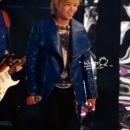 04-291212-ftisland-sbs-gayo-daejun-special-stage