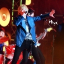 35-291212-ftisland-sbs-gayo-daejun-special-stage