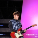 21-010913-photos-ft-island-jonghoon-korean-music-wave-incheon-2013