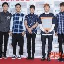 03-photos-ft-island-red-carpet-korean-music-wave-incheon-2013