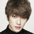 12-ftisland-minhwan-five-treasure-box-site-officiel