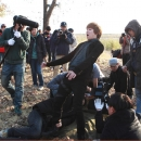 05-photos-hongki-behind-the-scene-passionate-goodbye