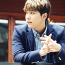 09-photos-hongki-interview-star-in-passionate-goodbye-special