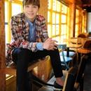 05-photos-hongki-tv-daily-interview-passionate-goodbye