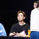 16-200919-photos-ftisland-fansigns-zapping-fanpic
