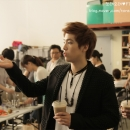 04-toreore-hongki-behind-the-scene-cf