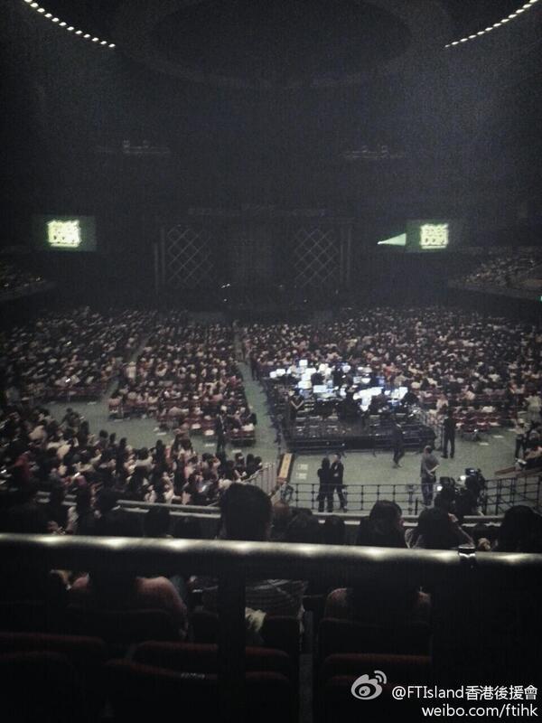 Arena Tour 2013 -FREEDOM- @ Nagoya 2eme date
